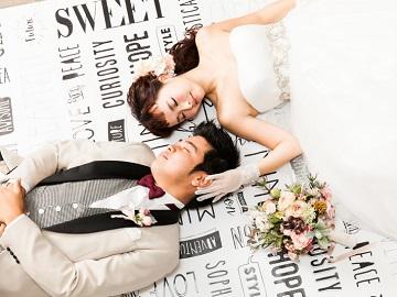 【全館貸切り!撮影スポット多数!】結婚写真だからといって、堅苦しいポーズだけではもったいない!躍動感溢れるHappy Photoを撮影します!