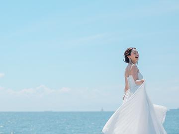 ドレッシングネストは新舞子の海辺にある和建築の写真館!海まで30mという立地をいかしたロケーションフォト、和建築での撮影など様々な写真が楽しめます!