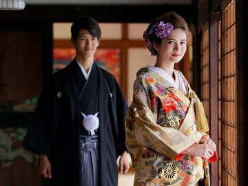 東京、横浜、千葉、埼玉、栃木に7店舗展開!自社でスタジオ運営、衣裳やアイテムの製作を行っているため、お得におしゃれなフォトウエディングはCLAIREで