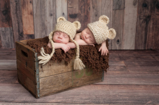 たった数日だけしか撮れない新生児フォトが可愛すぎる