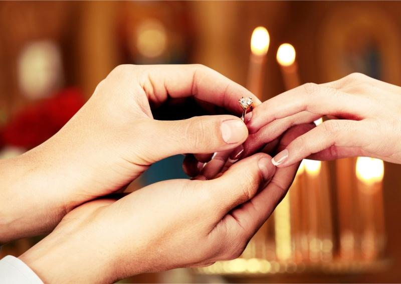 婚約指輪のお返し10選