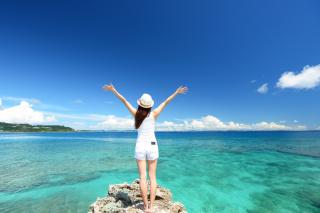 夏にピッタリ!沖縄で撮る魅力たっぷりのユニークフォトプラン5選