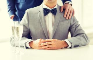結婚式で一目置かれる大人男子のゲストファッション