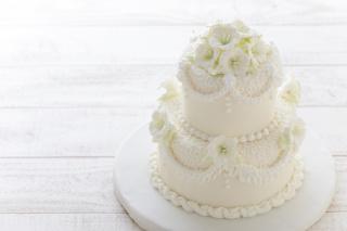 シンプルだからこそセンスが光る♥大人可愛いウエディングケーキデザイン