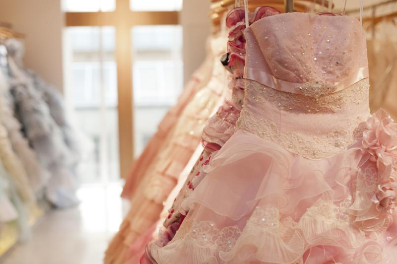 カラードレスに似合う♥ダウンスタイルの髪型画像集