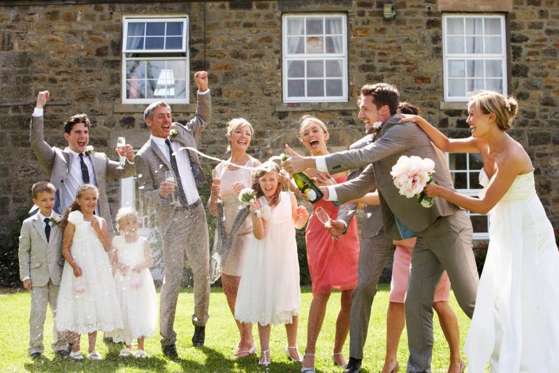 知っておきたい! 親族の結婚式に参列する時のドレスコード(女性編)