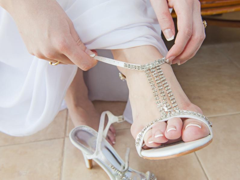 指先まで幸せに。花嫁ネイルデザイン8選