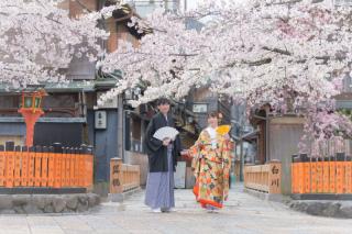 351687_京都_店舗の目の前、祇園白川ロケーション