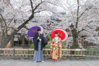 351686_京都_店舗の目の前、祇園白川ロケーション