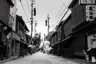 351354_京都_店舗の目の前、祇園白川ロケーション