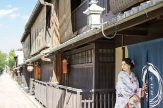 351359_京都_店舗の目の前、祇園白川ロケーション