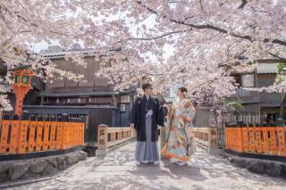 346357_京都_店舗の目の前、祇園白川ロケーション