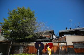 351355_京都_店舗の目の前、祇園白川ロケーション