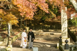 161247_京都_紅葉 和装 毘沙門堂