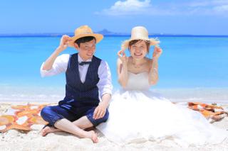【ビーチフォト】大満足150カットデータ込み♢衣装&ヘアメイク付♢台紙付き写真1枚つき♢沖縄リゾートフォトをお得に叶えよう♪