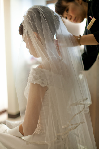 16583_東京_結婚式当日 メイクシーン・館内撮影など