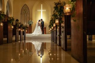 【撮影シーンが充実!】本格教会でのフォトウエディング 60分撮影プラン。専属カメラマンにて撮影!
