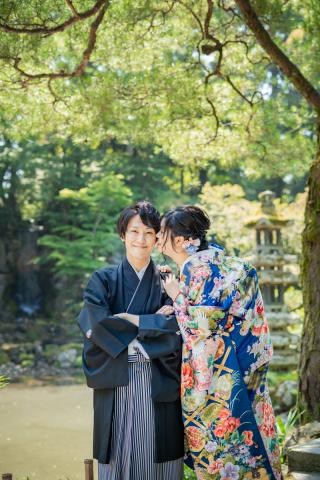 355124_石川_和装にぴったり!自然の彩りと楽しむ日本庭園ロケ
