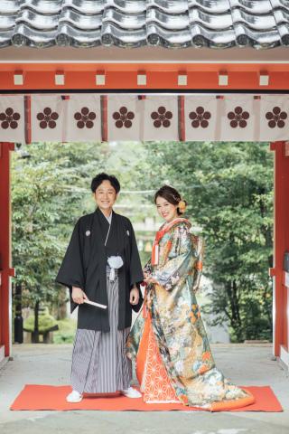 355113_石川_和装にぴったり!自然の彩りと楽しむ日本庭園ロケ