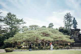 355109_石川_和装にぴったり!自然の彩りと楽しむ日本庭園ロケ