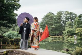 355118_石川_和装にぴったり!自然の彩りと楽しむ日本庭園ロケ