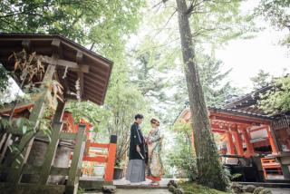 355112_石川_和装にぴったり!自然の彩りと楽しむ日本庭園ロケ