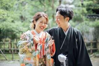 355111_石川_和装にぴったり!自然の彩りと楽しむ日本庭園ロケ