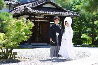 111404_岐阜_婚礼写真 敷地内のロケーションです!