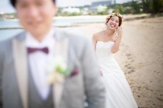 271921_沖縄_エメラルドグリーンの海と一緒に!<ビーチロケ撮影①>