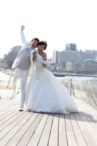 28886_神奈川_ロケーション洋装(大桟橋/ウェディングドレス)
