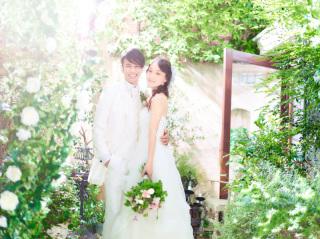 【後撮りや記念日に】結婚10周年の記念にウェディングドレスを着て撮影をしませんか?