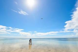 173268_沖縄_ドレスで海に飛び込んじゃおう!ウォーターショット♪