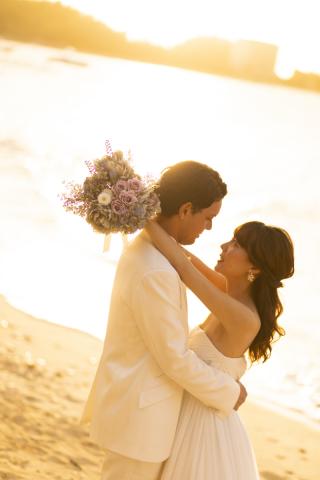 180057_沖縄_チャペルとビーチ