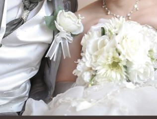 224601_石川_ドレスならチャペル♪館内の撮影もバリエーション豊富♪ドレスフォト