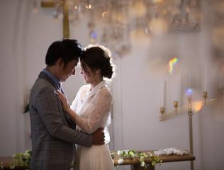 224582_石川_ドレスならチャペル♪館内の撮影もバリエーション豊富♪ドレスフォト