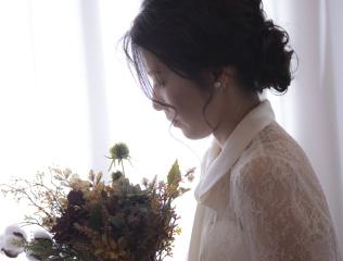224586_石川_ドレスならチャペル♪館内の撮影もバリエーション豊富♪ドレスフォト