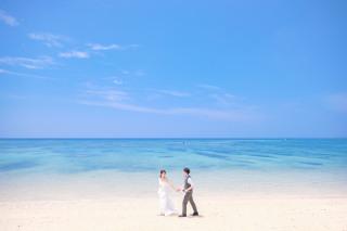 304438_沖縄_キラキラ輝く海☆青い空フォトウェディング(沖縄本島)