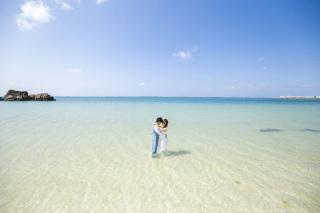 263975_沖縄_キラキラ輝く海☆青い空フォトウェディング(沖縄本島)