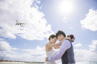 256471_沖縄_透き通る青い海と無限に広がる空の下フォトウェディング(沖縄本島)