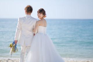235679_沖縄_キラキラ輝く海☆青い空フォトウェディング2(沖縄本島)