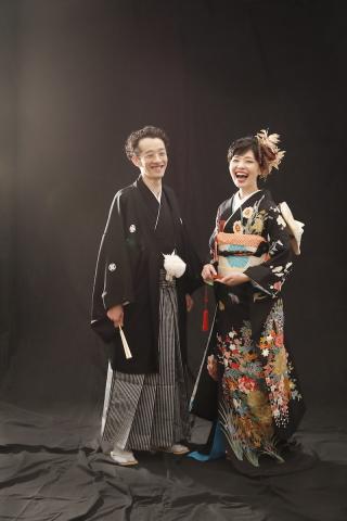 260556_東京_スタジオ撮影、色打ち掛け(黒)、白背景