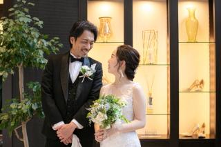 328705_福岡_TAKAMI BRIDAL FUKUOKAドレスサロン内撮影