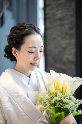 328704_福岡_TAKAMI BRIDAL FUKUOKAドレスサロン内撮影